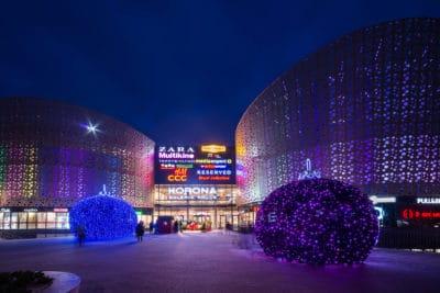 zdjęcia iluminacji noworocznych korona kielce